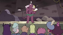 S4E24 Crowd watches Globgor and Meteora's reunion