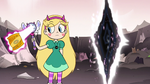 S3E7 Star Butterfly conjures a bags of Gold'n Crispz