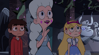 S4E3 Moon 'really making this place her own'