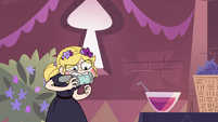 S3E9 Star Butterfly trying to eat a soup can