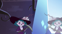 S4E10 Queen Eclipsa picks up a pickaxe