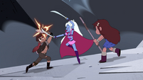 S4E28 Marco and Mariposa fight Wyscan together 1