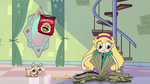S2E25 Star Butterfly still flipping through the book
