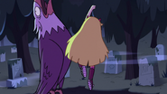 S2E27 Star Butterfly uppercuts the bald eagle