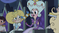 S2E40 Queen Moon congratulating Star Butterfly