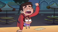 S4E26 Marco 'my quest for the mystery prize'