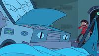 S3E18 Goblin Dog truck falls on Star's bed