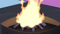 S3E19 Campfire suddenly roaring with flames
