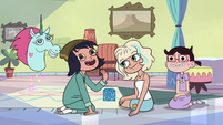 S2E17 Janna encourages Marco to play with them