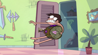 S2E1 Marco flies into Star's magic closet