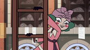 S3E28 Eclipsa Butterfly climbing a tall ladder