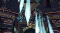 S2E41 Rhombulus' crystal beams raining down