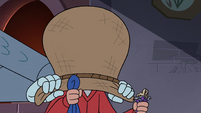 S4E18 Marco with a sack over his head