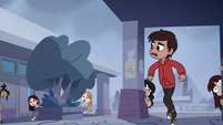 S1E11 Marco running outside