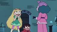 S3E18 Star Butterfly happy to see Eclipsa