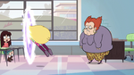 S2E32 Star Butterfly jumps into another dimension
