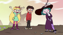 S4E1 Star and Marco happy to see puppies