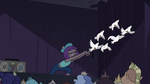 S3E16 Princess Gwendolyn releases doves into the sky