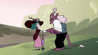S4E23 Eclipsa Butterfly and Globgor join hands