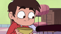S4E13 Tom puts a hand on Marco's shoulder
