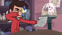 S3E31 Marco Diaz shielding his eyes