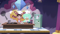 S4E9 Marco and Kelly's cooking show