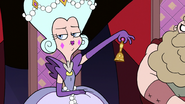 S3E10 Queen Butterfly rings her bell annoyed