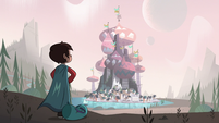 S3E13 Marco Diaz looking at Butterfly Castle