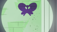 S4E21 Butterfly-shaped smoke left behind