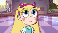S4E36 Star looking confused at Celena's tapestry
