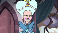 S3E28 Queen Butterfly interrupting Eclipsa