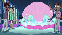 S1E10 Foaming Twinkle Bubble Ripple