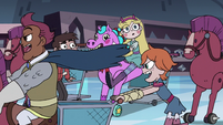 S3E15 Sir Stabby and Higgs race past Star and Marco