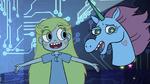 S2E17 Pony Head pretends to like Star's brownies