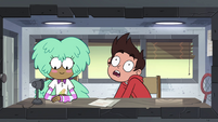 S4E16 Marco pulled downward by heavy book