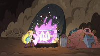 S4E31 Star hurls Sparkle Piano into the well