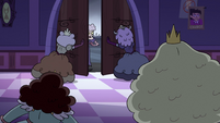 S3E33 Princesses close doors on Meteora Butterfly