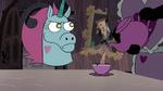 S3E33 Robot guard pouring tea for Pony Head