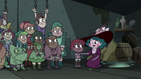 S4E7 Eclipsa talking with the Mewmans