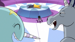 S2E22 Narwhal and warnicorn laugh at Spider With a Top Hat