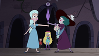 S4E35 Moon taking the wand from Eclipsa
