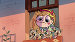S1e1 puppies join star