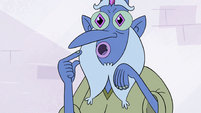 S3E11 Glossaryck pointing at himself