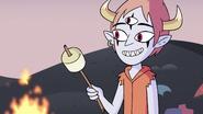 S3E19 Tom Lucitor giving Star her marshmallow