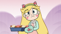 S3E21 Star Butterfly confused by the intercom