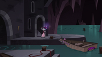 S4E23 Eclipsa enters an underground river