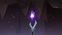 S4E13 Severing Stone glowing indigo