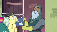 S3E37 Sir Lavabo enters Star's bedroom