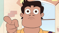 S4E29 Rafael Diaz pointing at Star and Tom
