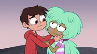 S3E19 Marco Diaz comforting Kelly